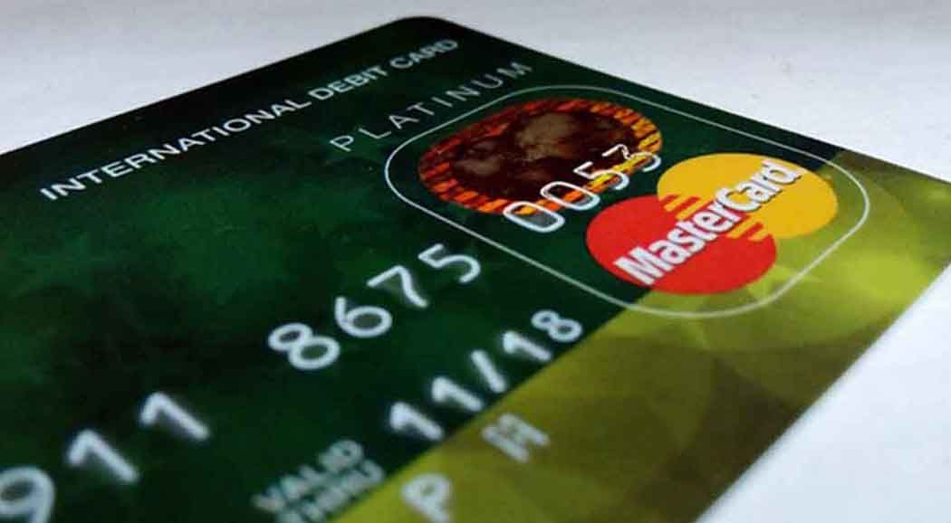 2-х  школьниц подозревают вкраже денежных средств  сбанковской карты пермячки