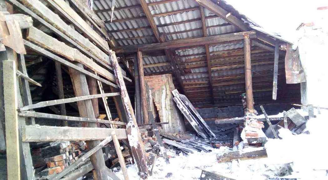 ВПрикамье из-за снега обрушилась кровля жилого дома