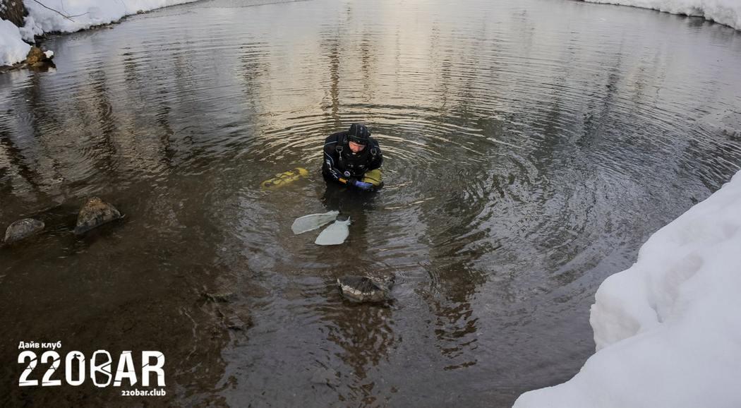 Дайверы открыли самую глубокую подводную пещеру в РФ