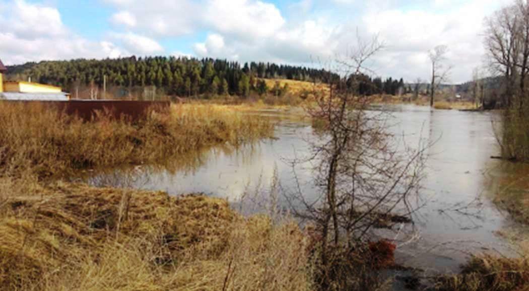 ВПермском крае из-за паводка подтопило придомовые территории