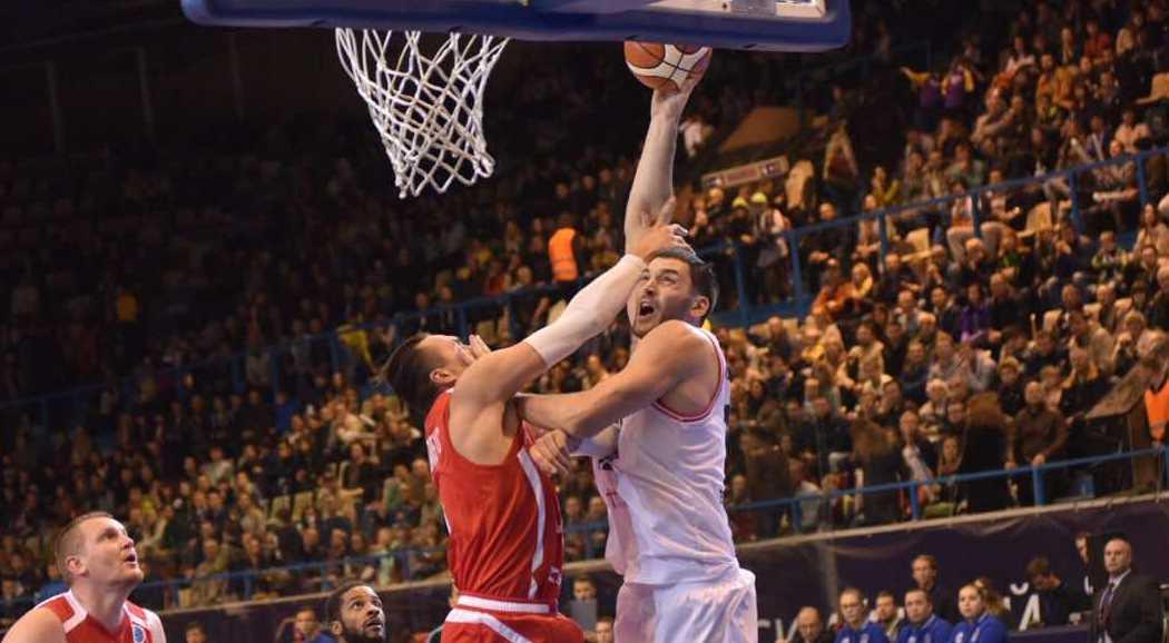 «ПАРМА» впервом матче сезона уверенно переиграла гостей изМакедонии